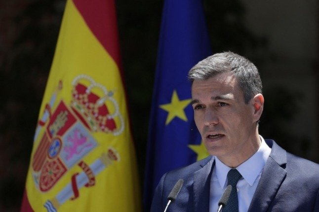 Spain clarifies: UK visitors will NOT need to show PCR test but will require health form
