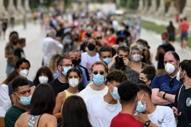 How Spain is racing to control Delta surge by vaccinating its young people
