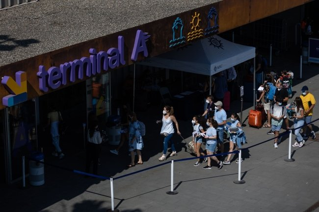 Spain's tourism sector fears wave of cancellations by foreign visitors