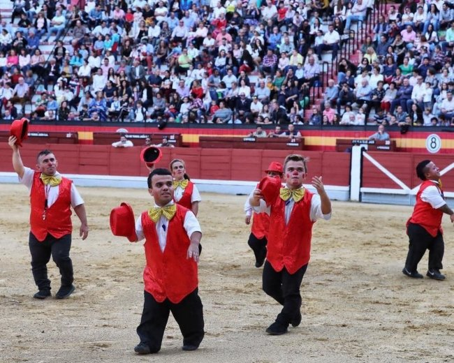 Spain calls for ban on dwarf bullfighting shows for 'degrading' people with disabilities